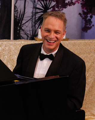 JD Sebastian, Los Angeles Pianist, Guitar-Singer, Organist For Hire