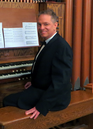 JD Sebastian Wedding Musician Organist, Pianist and Guitar-Singer in Los Angeles for Hire